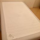 IKEA セミダブルマットレス脚付きベッド
