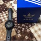 adidasの時計