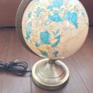 地球儀のランプ
