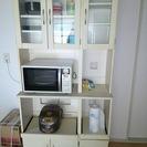 【無料です】食器棚  ホワイト色  奥行38cm×横幅91cm×高...