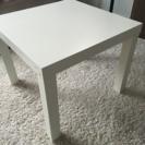 子供用にコンパクトなテーブル