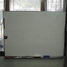 壁掛けタイプ・白板
