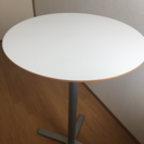 ★IKEAのオシャレなハイテーブル★