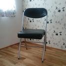 クッション付きパイプ椅子