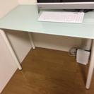 IKEA ガラストップ デスク【再掲】