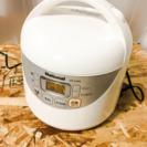 1人暮らしに最適!! 3合炊き炊飯器 LC 022310