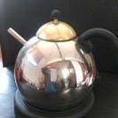 ウォーマー(付属の下敷きの電気で小さなお湯を沸かすヤカン)