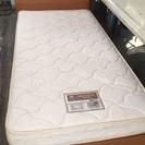 木製シングルベッド 売ります