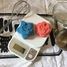 デジタルスケール、計量カップ、コーヒーのドリップ道具、ディズニーク...