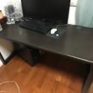 パソコンテーブル売ります。