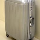大型 スーツケース 『TABIISM』 シルバー【交渉中】