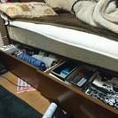 宮棚つきシングルベッド