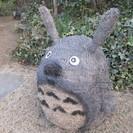 藁のトトロ&ネコバスの展示 − 埼玉県
