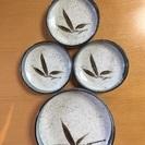 落ち着いた柄の和皿セット(中皿1枚+小皿3枚)