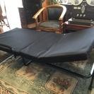 【未使用品・引取り限定】折りたたみベッド シングル 低反発素材入り...