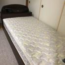 引き出し付きシングルベッド