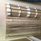 湿気防止、床に敷く木のロール板