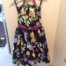 【新品同様】花柄ドレス