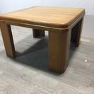 042201 小さくて重量のあるテーブル♪