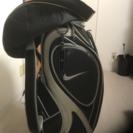 ゴルフバッグ、アイアン、パター