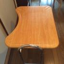 ベット用テーブル