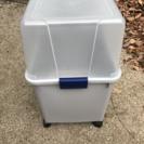 アイリスオーヤマ灯油ポリタンク収納容器