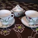 ビソーニ カップ&ソーサー&シュガーポット アザミの花柄
