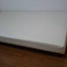シングルのベッド