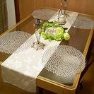 ガラステーブル圧迫感がなくお部屋が広く感じるダイニングテーブル
