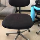 コクヨの椅子