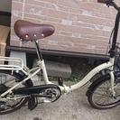 傷ついてしまいましたので値下げします ほぼ新品 折り畳み自転車 D...