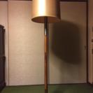 照明スタンドです。