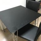 【急募❗️】テーブルと椅子2脚セット