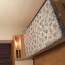 シングルベッド(フランスベッド:宮付き)売ります