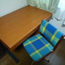 学習机と椅子のセット(川西市まで引取りに来れる方のみ)