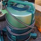 ルームシーフォート水フィルター掃除機(美品)