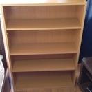 本棚の引き取り手を探しています!