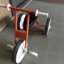 シンプルな三輪車