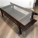 カフェ風 ローテーブル 茶色 ウォールナット ガラス天板 目黒区