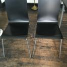 IKEA購入椅子4脚と回転椅子1脚 1つ1500円にて