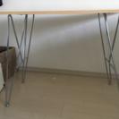 Francfrancの白テーブル。脚取り外し可