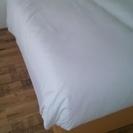 ホテル用ベッドフレーム1台とホテル用マットレス1台配達込み12000円