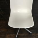 IKEA購入 回転する椅子