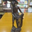 紫檀?人物の彫刻 オブジェ 置物 古い物です。汚れあり。取りに来る...