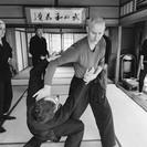 英語と日本語でまなぶ 武神館 古武術の教室