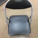 パイプ椅子 黒