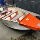 折りたたみボートと船外機