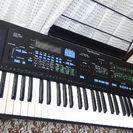 本日取り引きのみ。7000円電子ピアノテクニクスシンセサイザーA5...