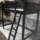 ロフトベッド ベッド 木製 はしご付き ライト付き 黒 状態良し