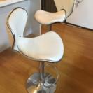 白い椅子 2脚